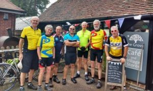 Cyclists at Grove Café, Blackboys.